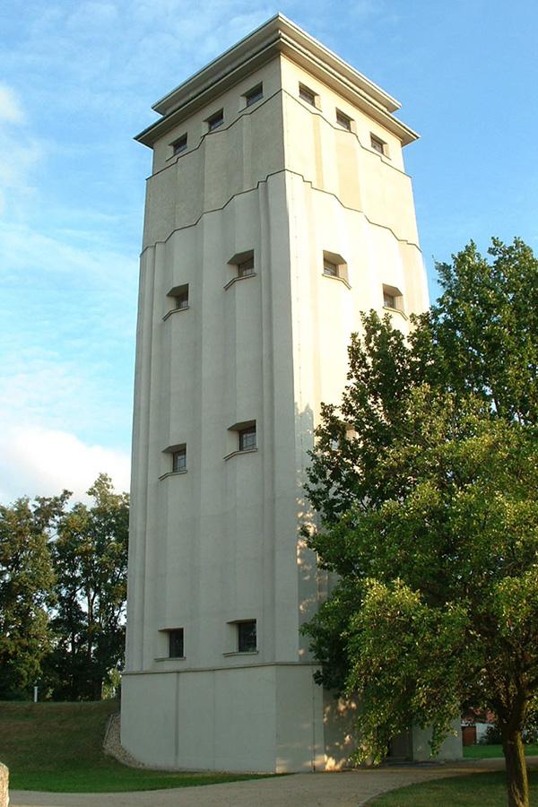 Wasserturm_Neugersdorf_00.jpg